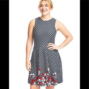 Leota NWT Ava Flora Gingham Dress